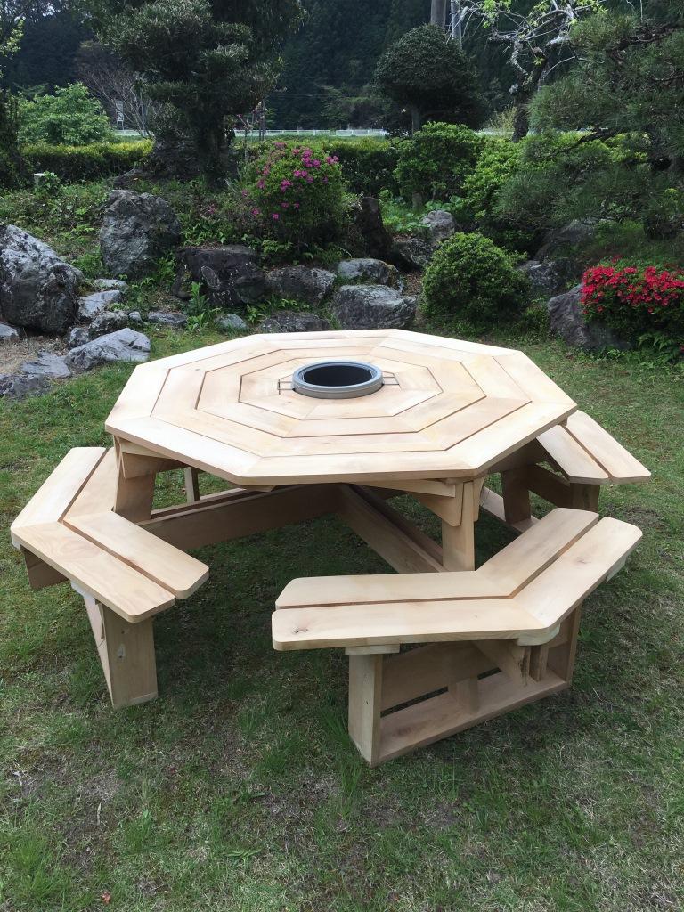 ガーデンBBQテーブル